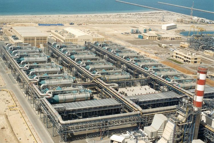 Desalination plant works to purify saline and non-potable sea water for drinking water that is free of minerals and salts